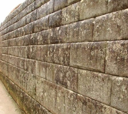 Perfect ashlar wall in Machu Picchu
