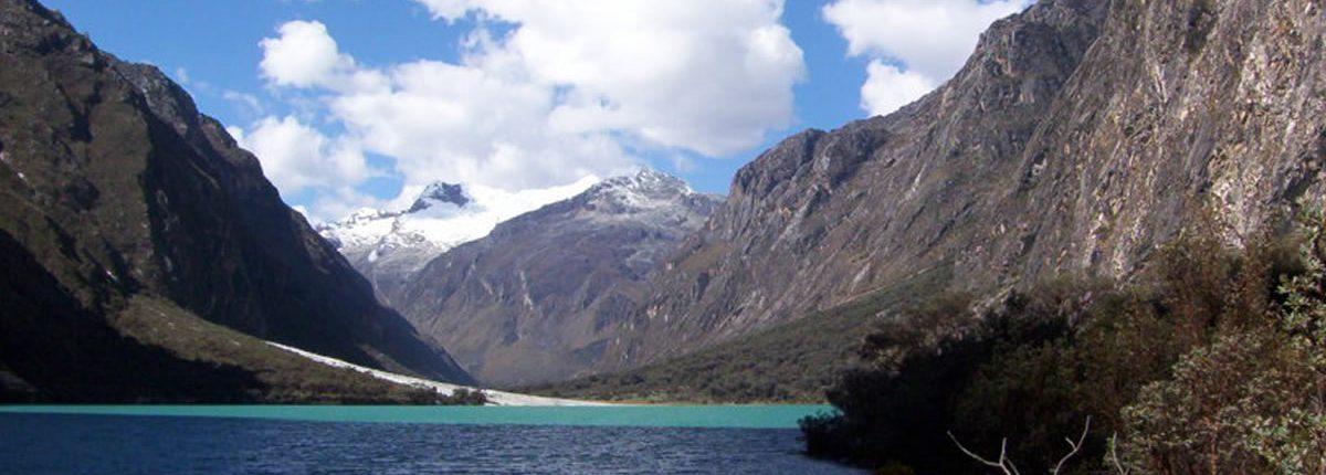 Laguna Llanganuco-Huaraz Peru