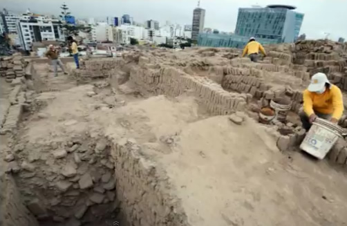 Four pre-Inca tombs discovered in Lima