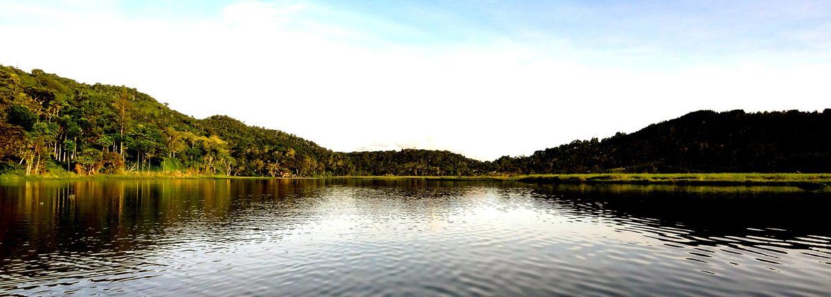 Laguna El Oconal Oxapampa