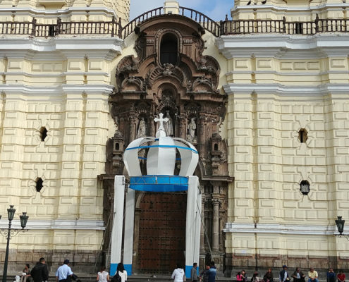 Church and Franciscan Monastery: Iglesia San Francisco in Lima