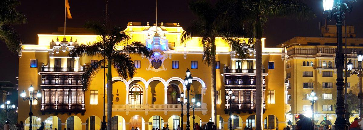 Palacio Municipal Ciudad Palacio Lima En La Noche