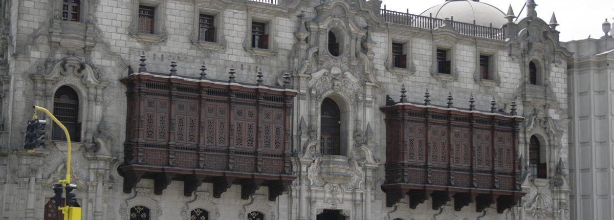 El palacio del arzobispo en lima.